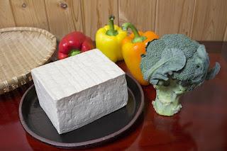 tips diet, perbanyak makan produk kedelai, tahu, tofu, tempe