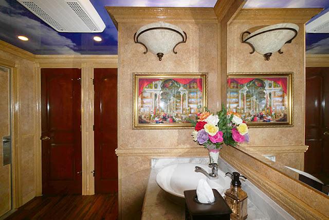 Restroom Trailers Interior