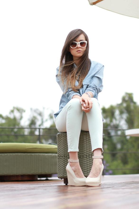 AVOID ANKLE STRAPS - Fashion Tips For Short Girls