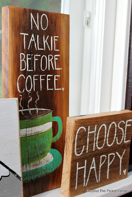 No Talkie before coffee sign