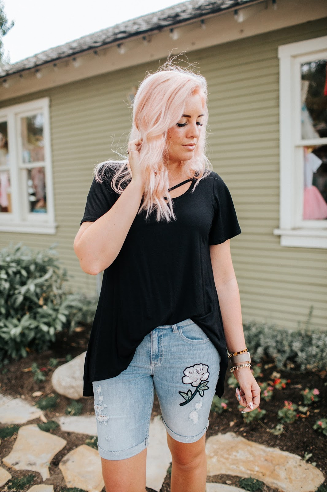 Pink hair, Modest Shorts, Modest Outfit