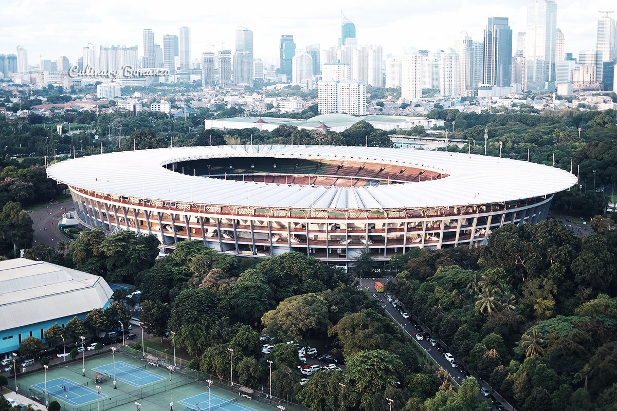 Gelora-Bung-Karno-stadium-(www.culinarybonanza.com)