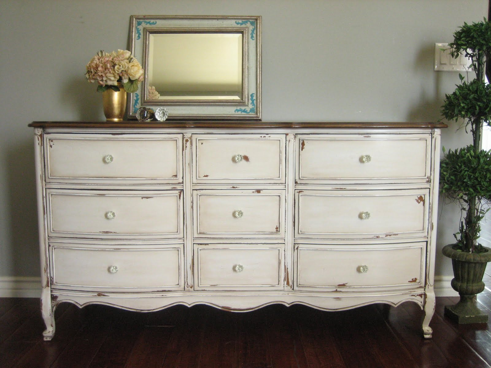 European Paint Finishes Antiqued French Dresser