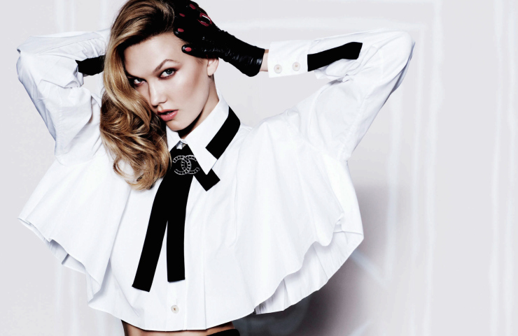 KARLIE KLOSS : a Chanel wardrobe for Vogue Mexico
