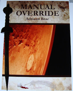 Portada del libro Manual Override, de Adriaan Brae
