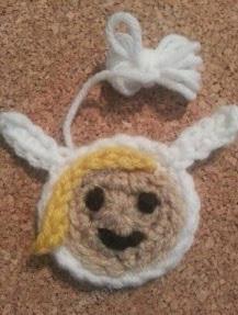 http://translate.googleusercontent.com/translate_c?depth=1&hl=es&prev=search&rurl=translate.google.es&sl=en&u=http://crafterchick.com/fionna-adventure-time-face-applique-crochet-pattern/&usg=ALkJrhhiML7BkGqOGE1_iAWmazMUEO7L_g