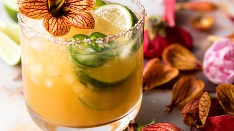 Spicy Mango Margarita #healthydrink #easyrecipe