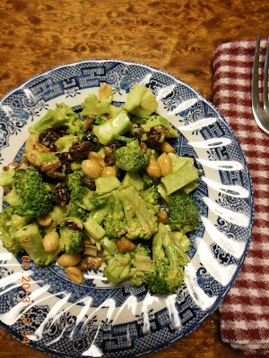Broccoli Salad, with peanuts, bacon, cranberries and curry!