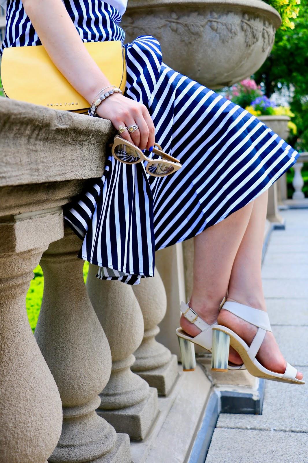 Nyc fashion blogger Kathleen Harper wearing a high-low ruffle skirt from Banana Republic