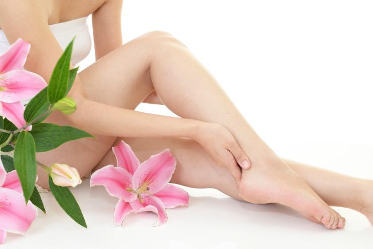 productos para los cuidados de uñas. manos y pies