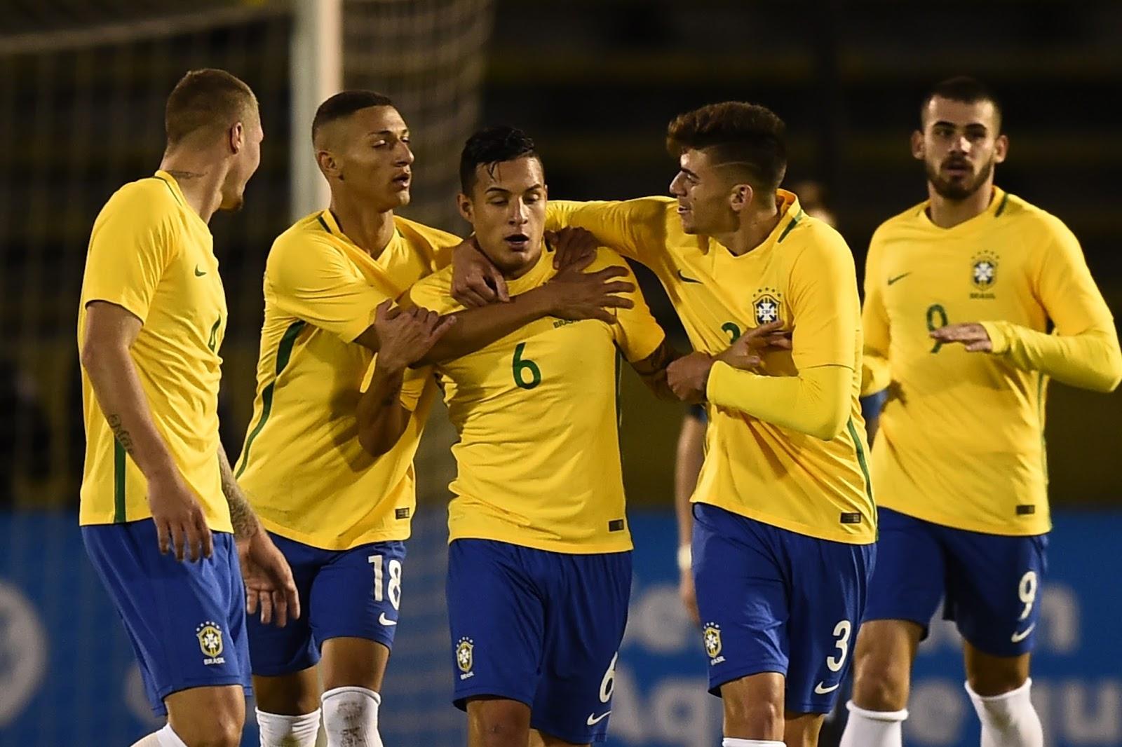 Dependendo da combinação de resultados Brasil pode garantir vaga no Mundial sub-20 (Foto: Rodrigo Buendia/AFP)
