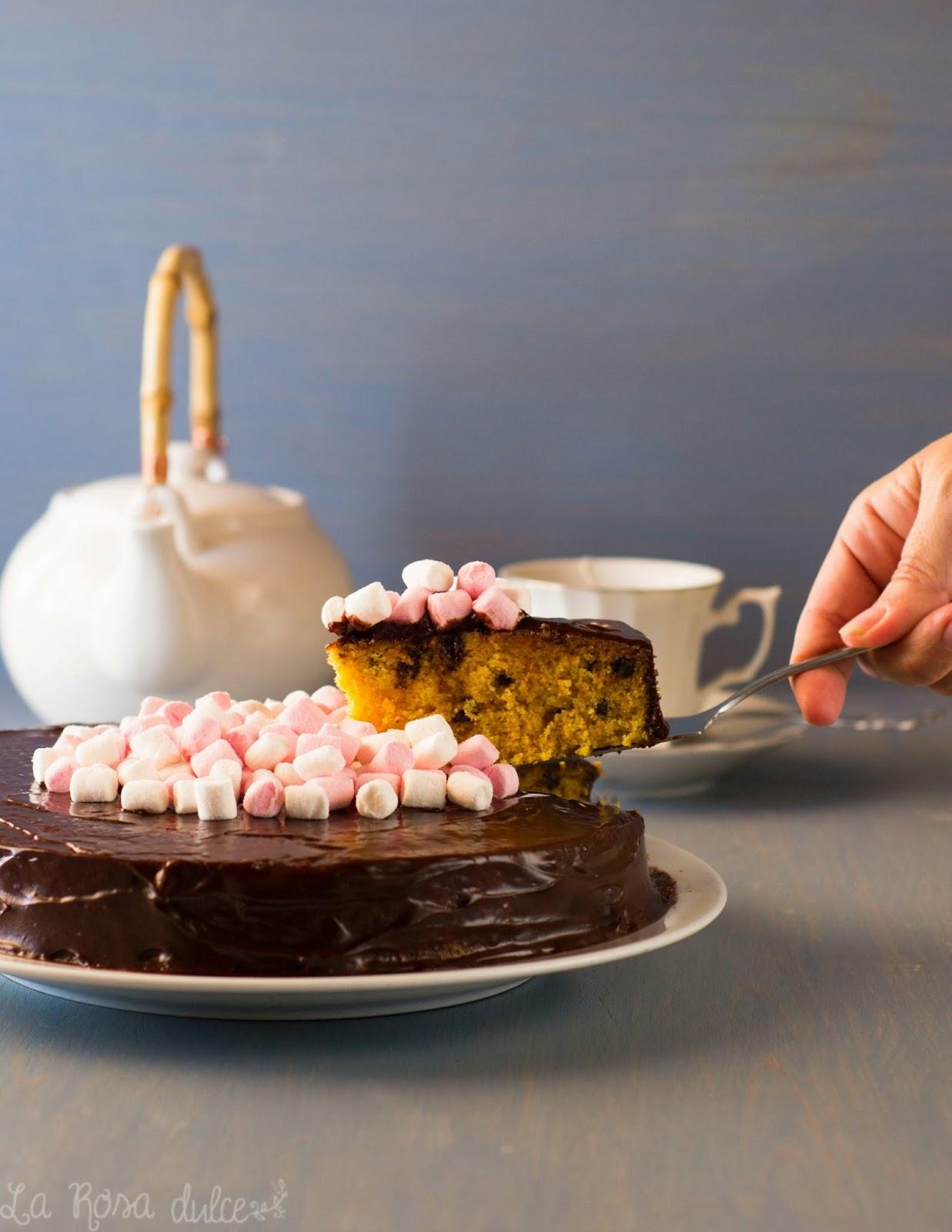 Tarta de zanahoria y chocolate al microondas sin lactosa