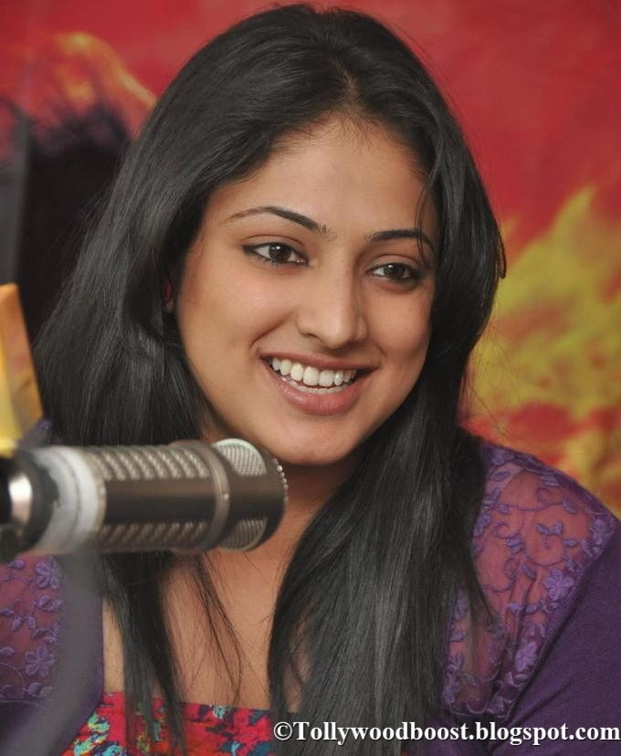 Beautiful Kannada Girl Hariprriya  Long Hair Smiling Face Close Up Stills