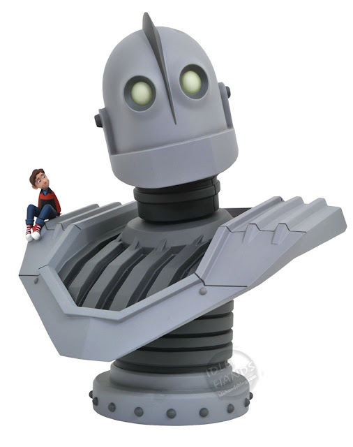 Diamond Select Iron Giant 10 inch Bust