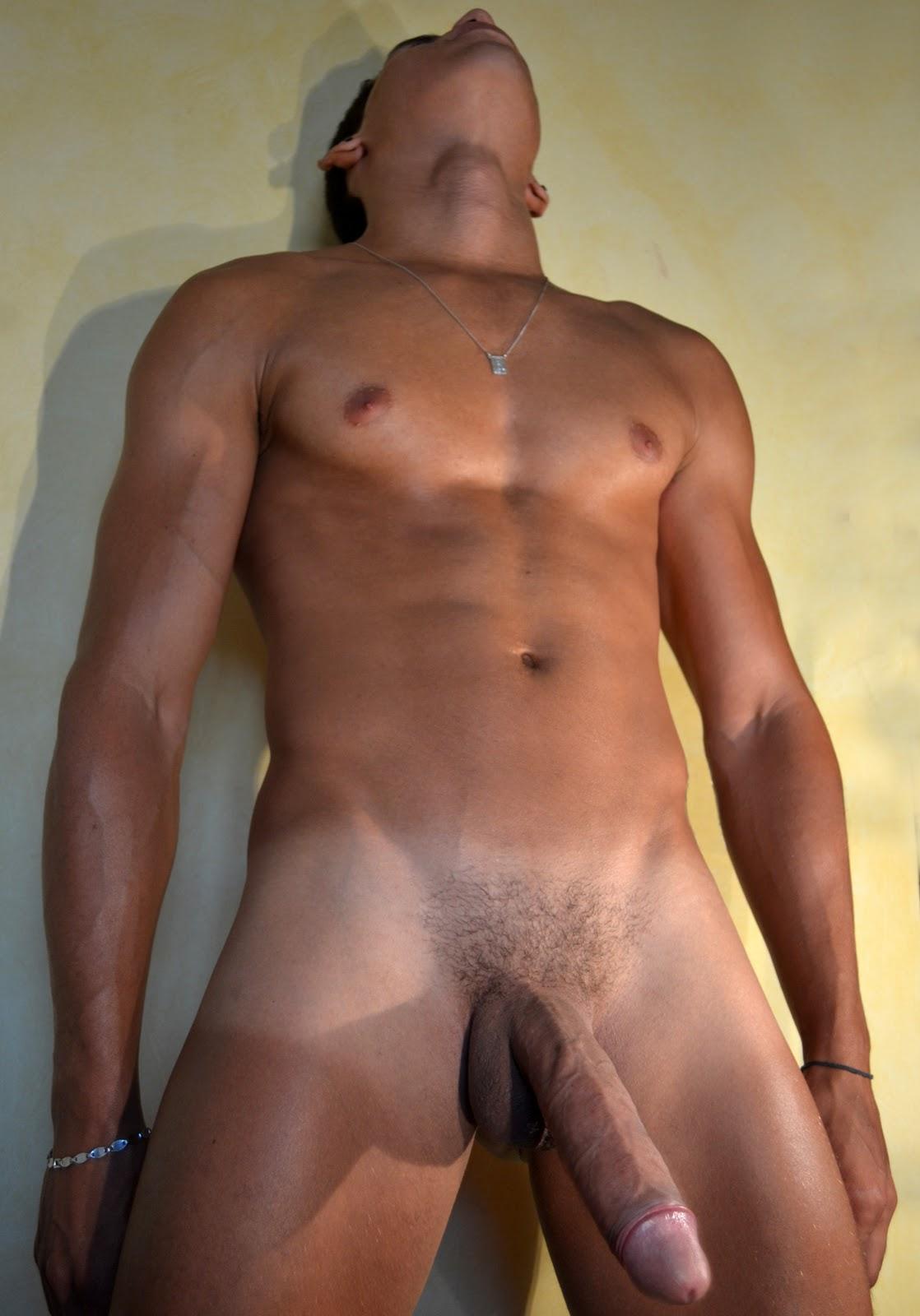 Фото голых парней большими хуями — img 1