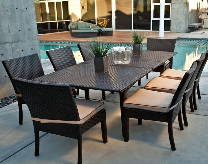 outdoor table and chairs plastic