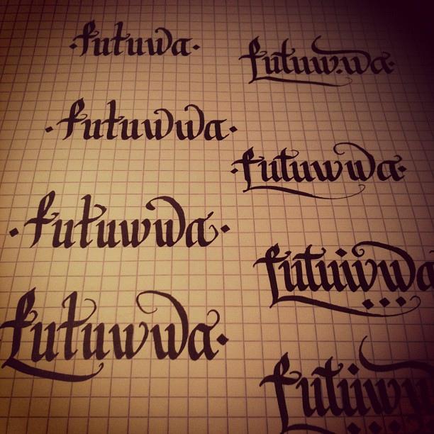 ecriture tatouage alphabet. excellent tatouage ecriture elfique