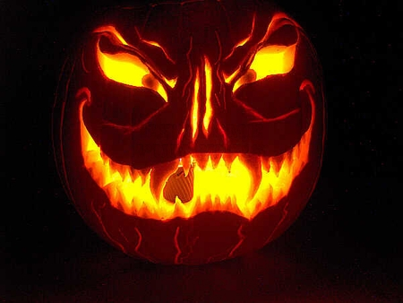 Scary halloween pumpkins funnymadworld for Scary jack o lantern face template