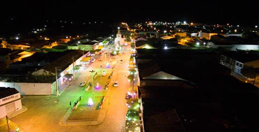 Governo Municipal de Iguaracy, dá início a decoração natalina pelo município.