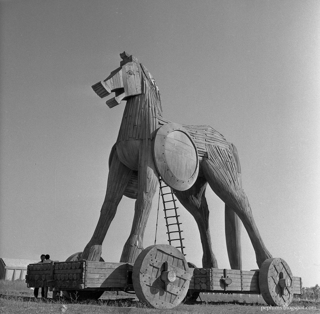 PEPLUM TV: Cinematic Timeline: The Trojan Horse  PEPLUM TV: Cine...