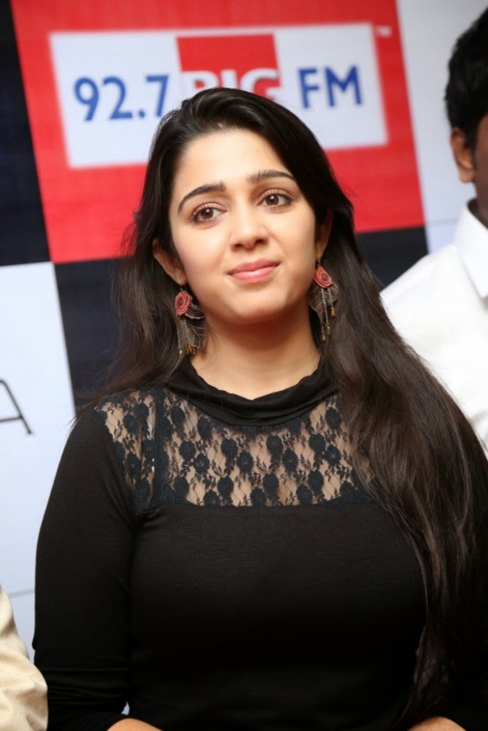 Pretty Charmi photos in black dress at awards launch