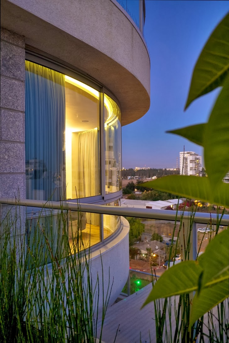 Penthouse Apartment in Ramat HaSharon, Israel