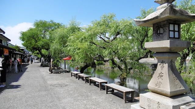 岡山県の倉敷美観地区の川と町並み