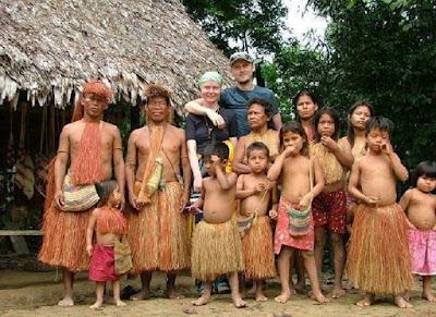 قبائل حول العالم، عجائب وغرائب، عجائب الدنيا