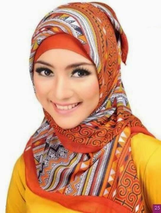 Kreasi Hijab Segiempat