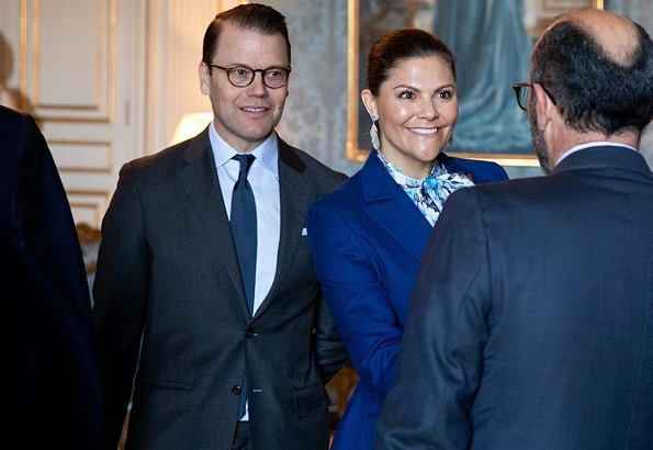 Crown Princess Victoria wore Rodejber Suit Zoe blazer and darcel trousers. Baum und Pferdgarten blouse