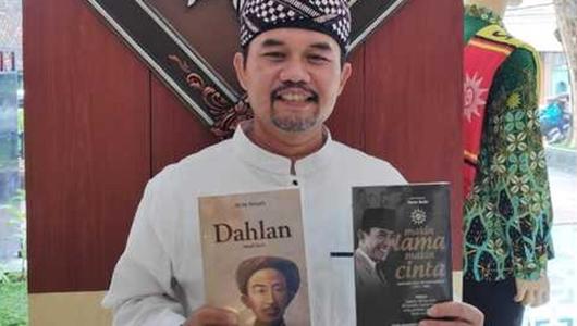 Muhammadiyah%2BSesalkan%2BBeredarnya%2BGambar%2BKH%2BAhmad%2BDahlan%2BSudutkan%2BPemerintah