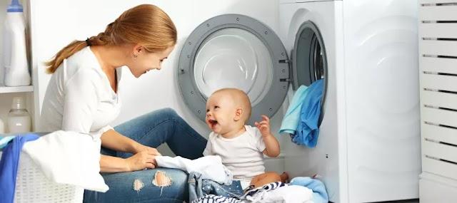 Hal Yang Harus Diperhatikan Saat Mencuci Pakain Bayi
