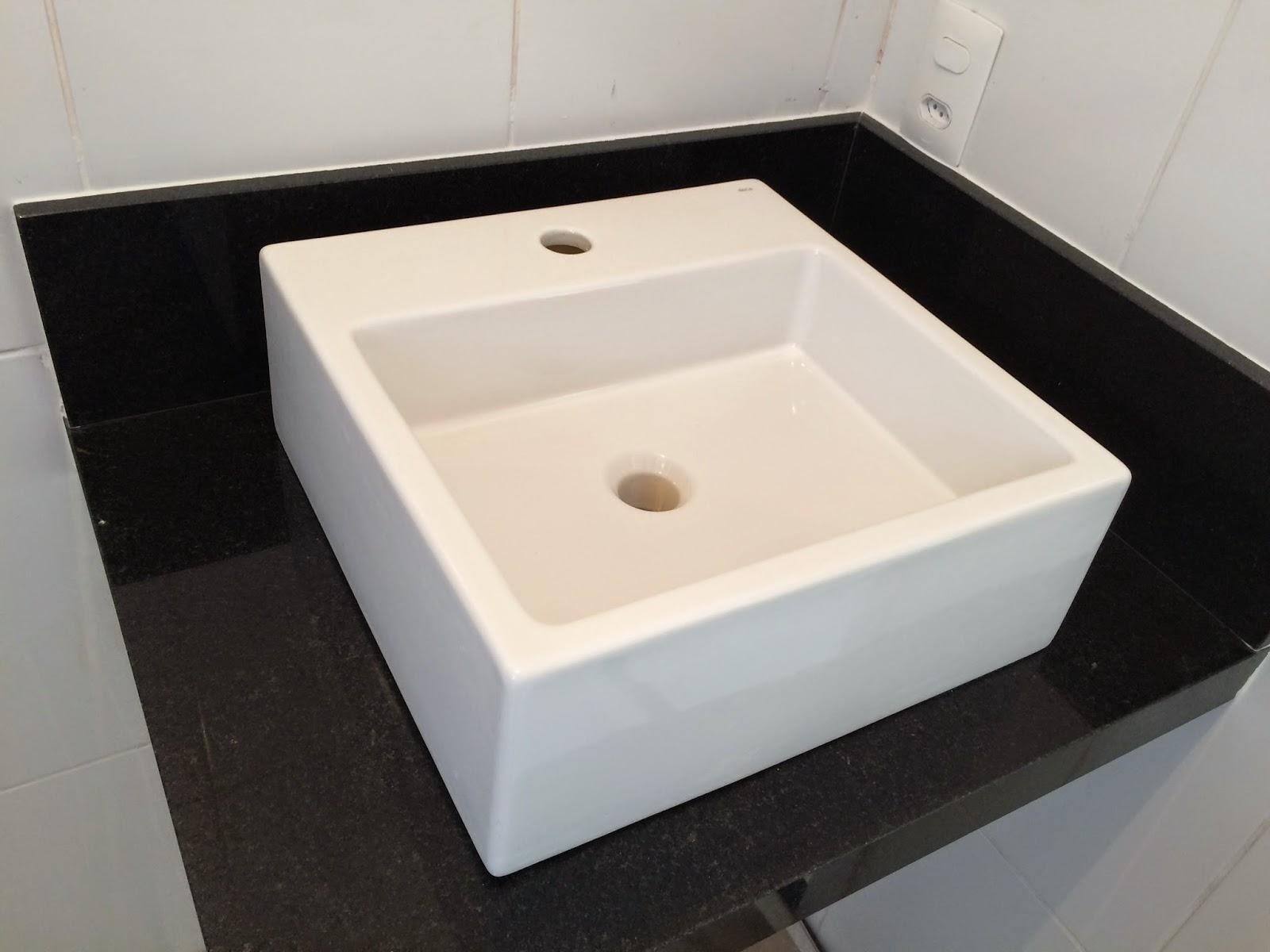 Ap 114 bancada banheiro social em granito preto s o gabriel - Fotos de granito ...