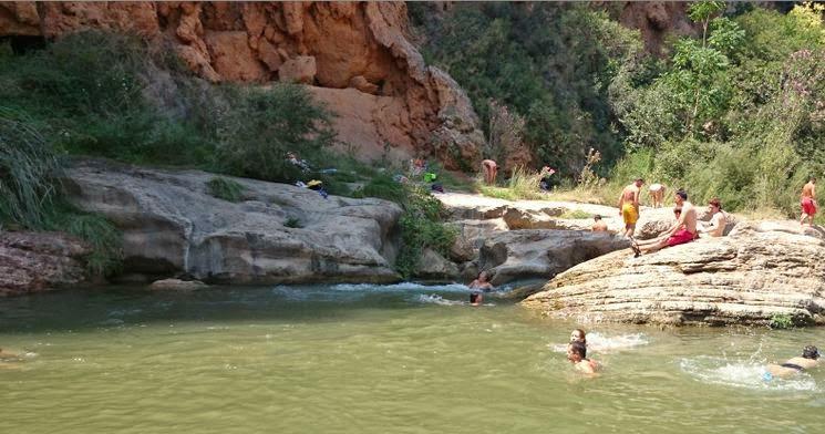 Salto de la Novia, Navajas.