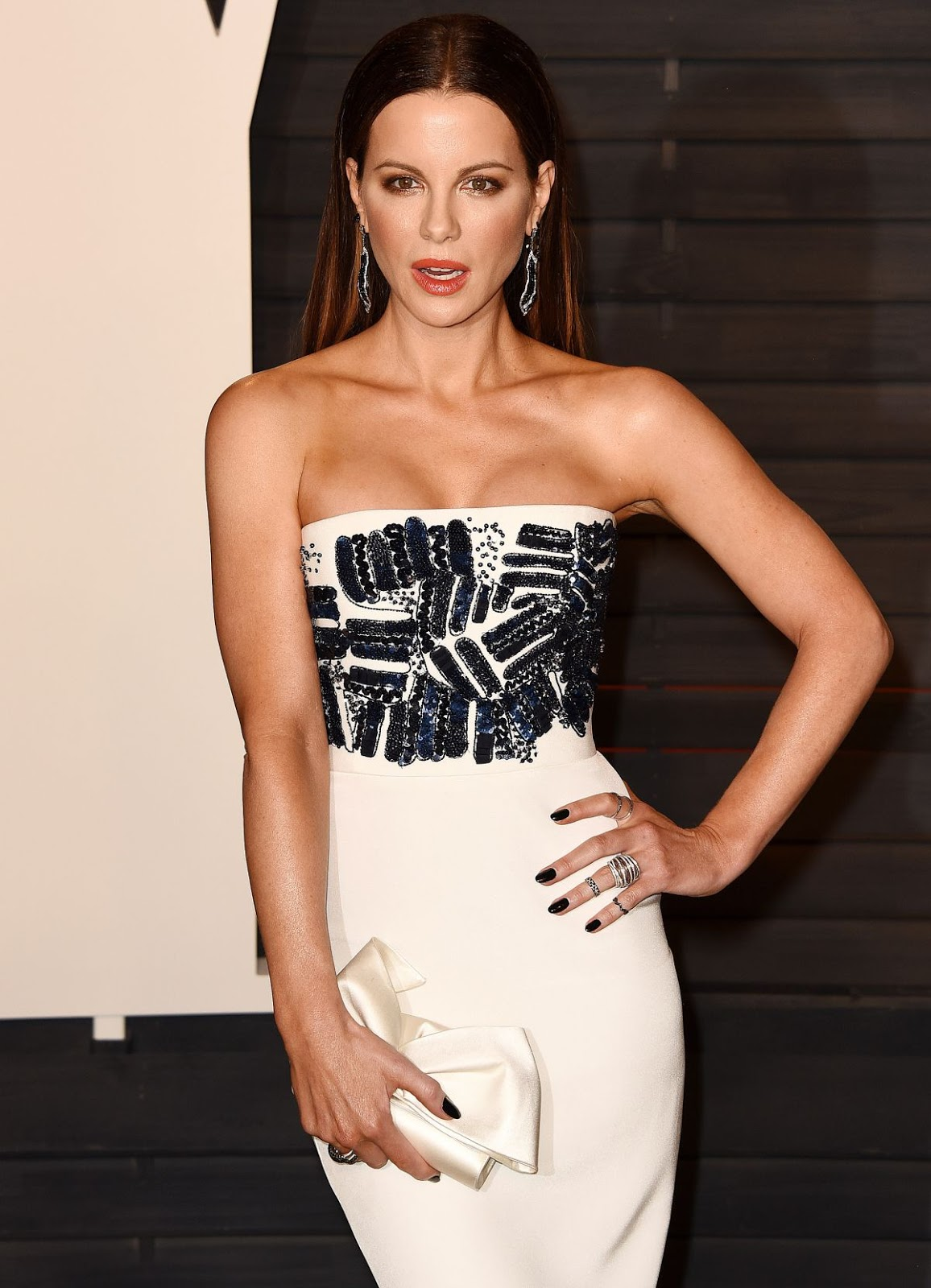 Underworld Next Generation actress Kate Beckinsale at Vanity Fair Oscar 2016 Party in Beverly Hills