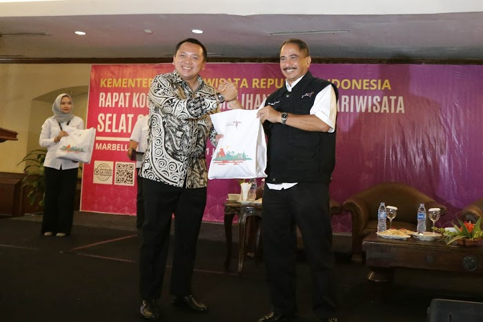 Strategi Recovery Pariwisata Gubernur Ridho Pasca Bencana Tsunami Inovatif dan Kreatif