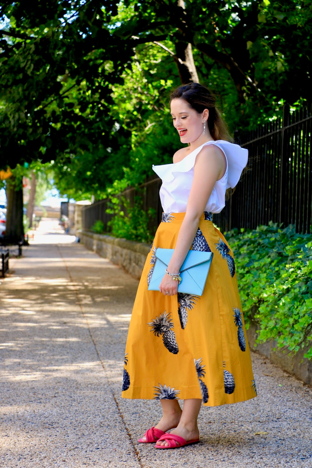 nyc fashion blogger Kathleen Harper wearing summer office outfit