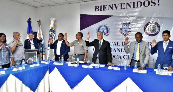 Ministro de Interior y Policía juramenta Mesa de Seguridad Ciudadana y Género en Boca Chica