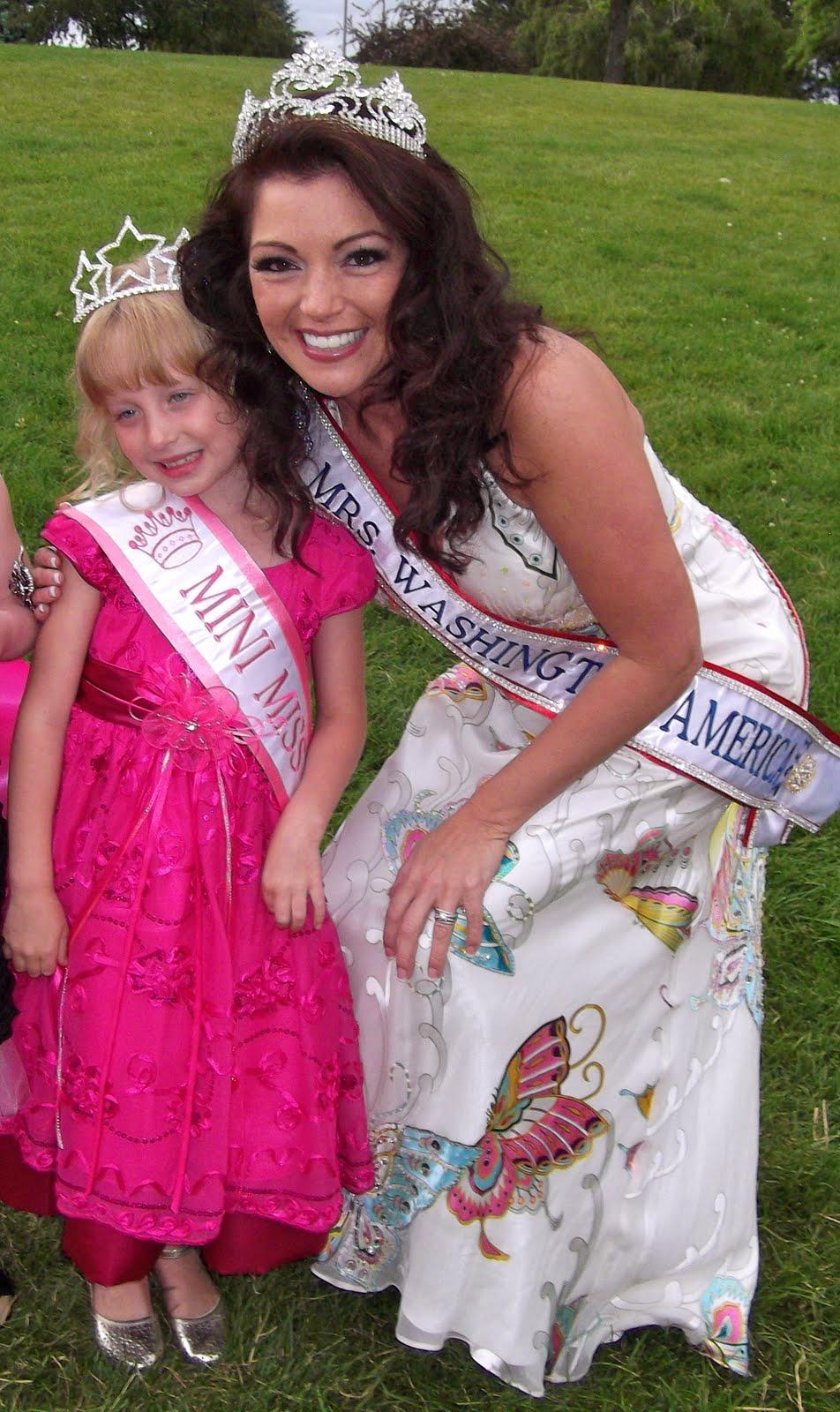 Little Miss Muffett Pretty Cute Doll Clothes Pattern 18: Mrs. Washington 2011: Little Miss Washington Pageant