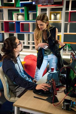 Nadine usa seu novo cargo para humilhar Sérgio e Joana. Crédito: João Raposo/SBT