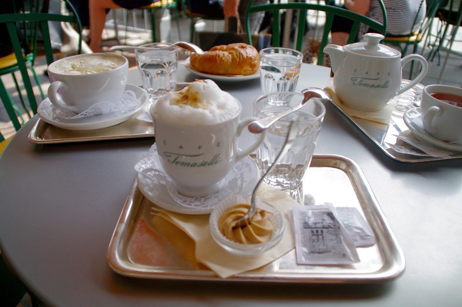 Mozart's Almond Milk Café Tomaselli Salzburg