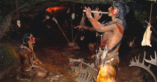 Resultado de imagen de hombres prehistoricos tocando musica