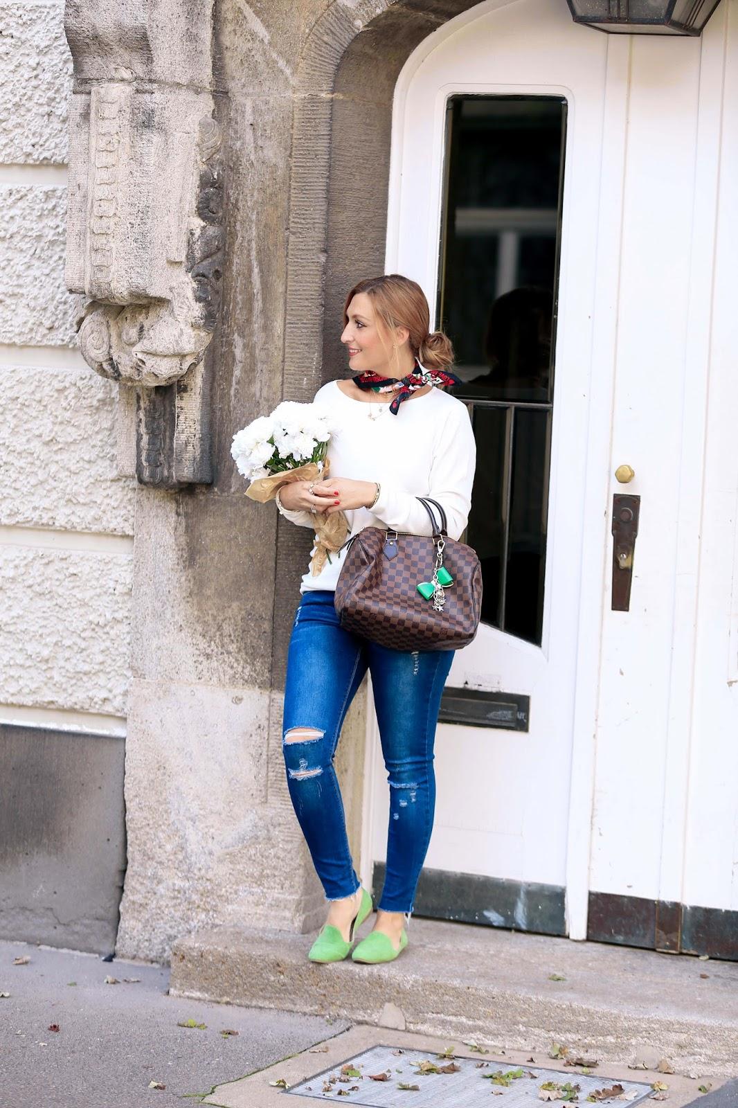 Seidentuch-Halstuch-Fashionstylebyjohanna-LV-Speedy-Braune-LouiseVuitton-Tasche