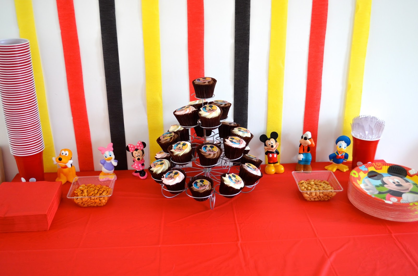 Mum S Space Mickey Mouse Clubhouse 1st Birthday Party