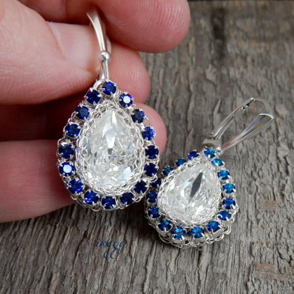 Biżuteria ślubna z niebieskim jako kolorem przewodnim
