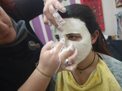 Σεμινάριο κατασκευής μάσκας από τη Νέα Ακρόπολη κεντρικής Θεσσαλονίκης