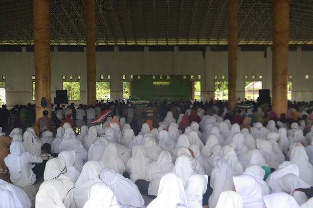 Haul Ke-1 K.H. Abd. Moehaimin Taman Pendiri Ponpes Assalam Bangilan