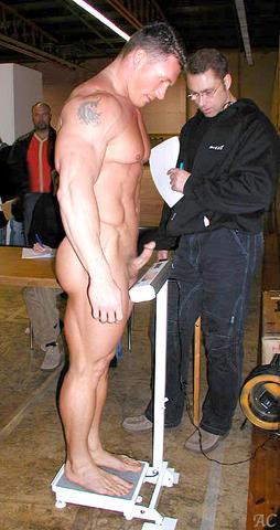 nude boxing male vs female