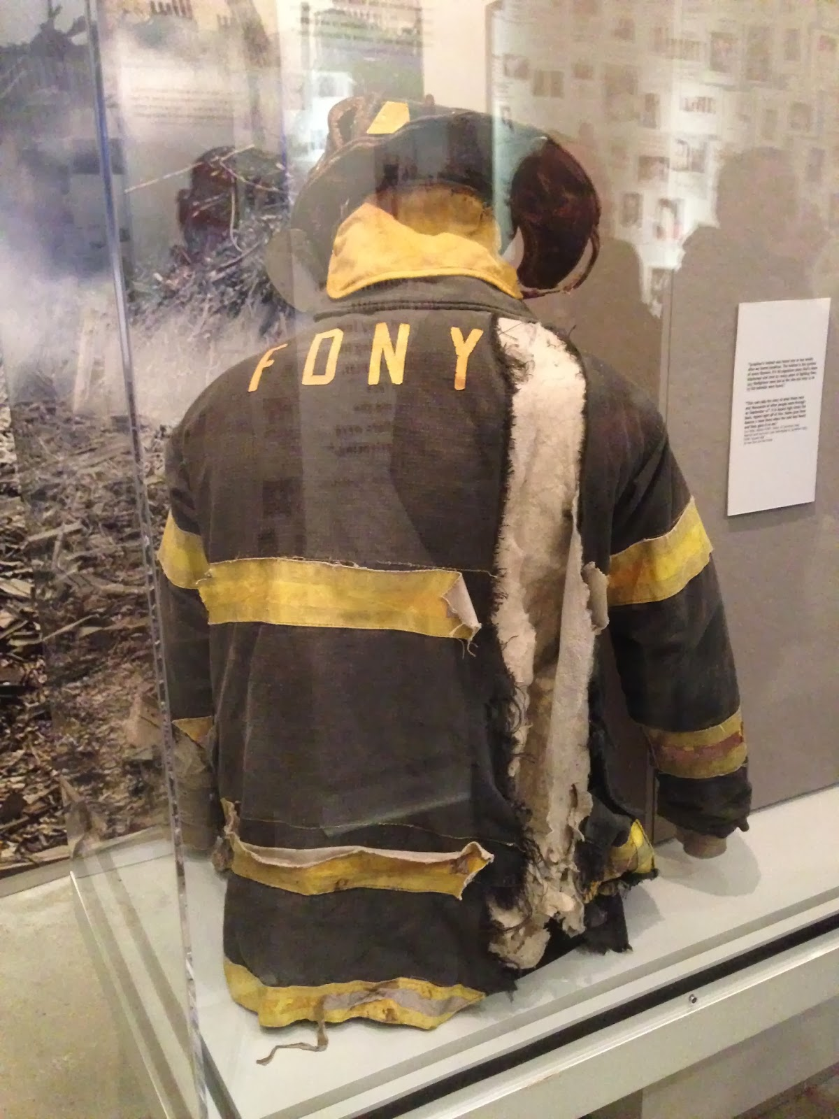 9/11 usa terrorist attack firefighter uniform