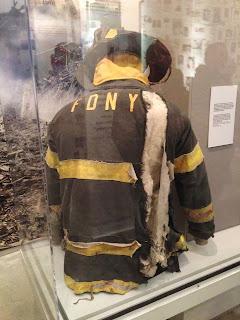 9/11 usa terrorist attack firefighter uniform